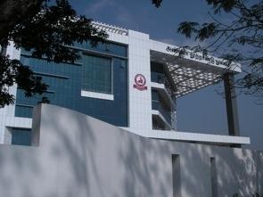 Sara gick till Anna Library, asiens andra största bibliotek med 9 våningar!